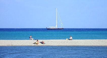 Budoni hotels boutique hotel e alberghi di lusso for Sardegna budoni spiagge