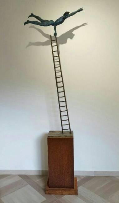 Acrobata su scala Piccola