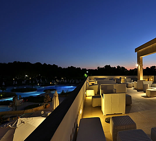Damiano's Club Lounge Hotel