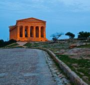 In Sicilia tra impronte arabe e Templi Dorici