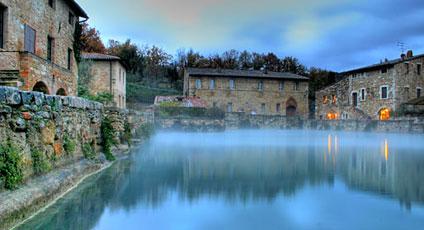 Bagno vignoni hotels boutique hotel e alberghi di lusso - Il loggiato bagno vignoni ...