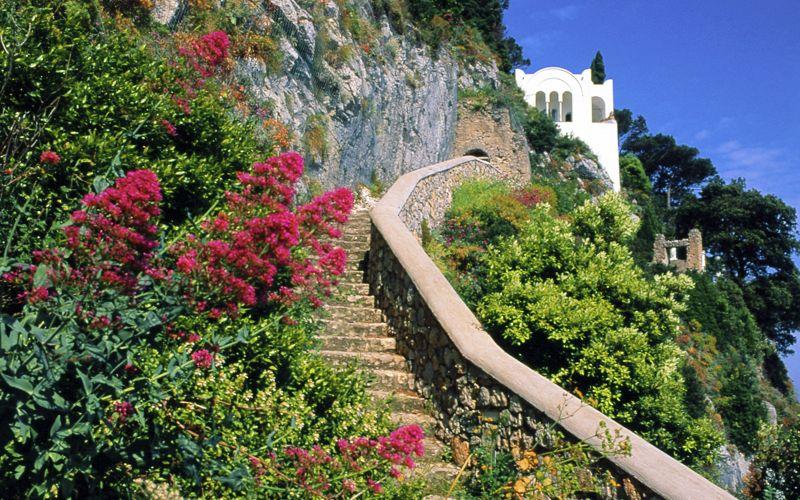 Capri italy villa san michele info photos for Villas in capri