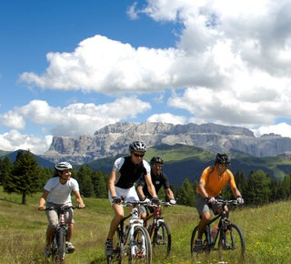 Mountain biking in Val Gardena Hotel