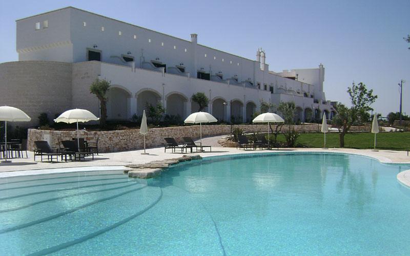 Borgobianco resort spa polignano a mare e 48 hotel for Luxury hotel 5 stelle