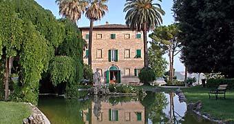 Borgo Storico Seghetti Panichi Castel di Lama Hotel