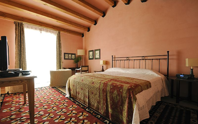 Room photo 6 from hotel La Foresteria Planeta Estate
