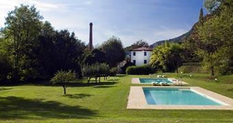 Villa La Bianca Camaiore Viareggio hotels