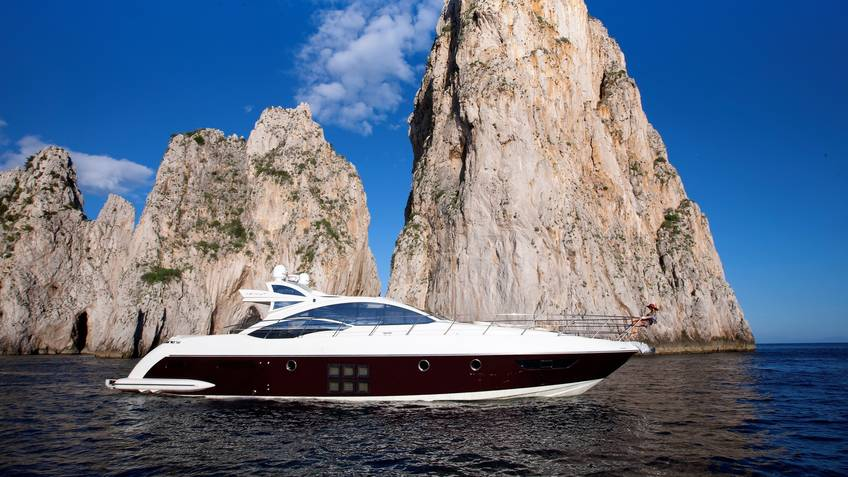 Absolute Yacht Charters Excursions by sea Capri