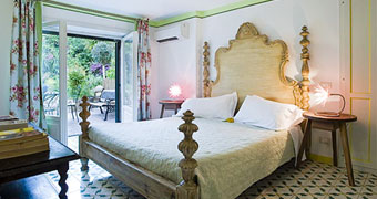 Villa Giulia Suites Roma Trastevere hotels