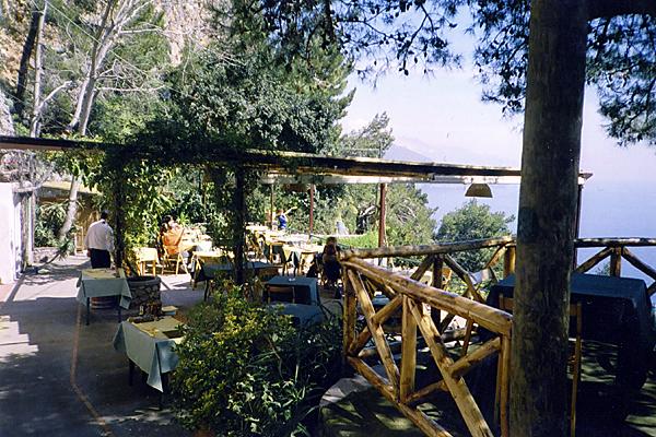Le Grottelle Restaurants Capri