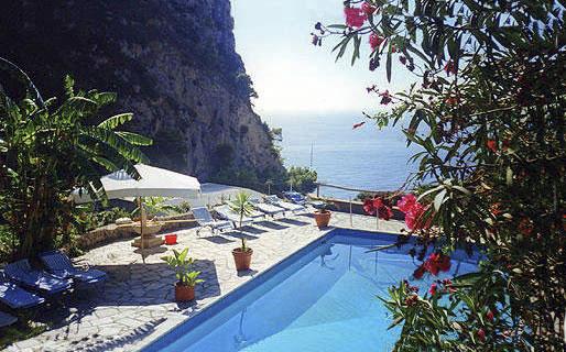 Tirrenia Roberts Bed & Breakfast Capri