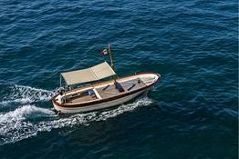 Lucibello  - Barco Típico - Gozzo Fratelli Aprea m. 7,80 (Lucilla)
